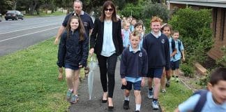 Kilmore Primary School Principal Kim Laffan and students